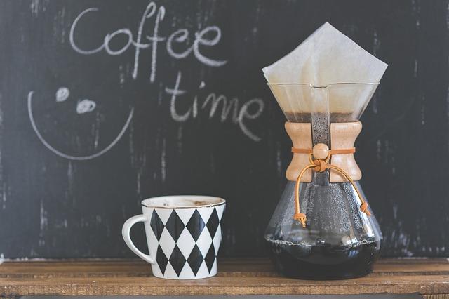 Kawa czy herbata? Co jest lepsze, co zdrowsze?