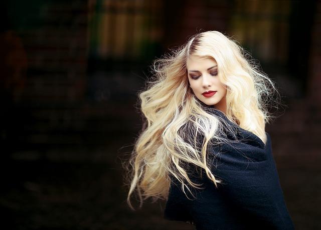 Jak przyspieszyć porost włosów? 3 sprawdzone sposoby